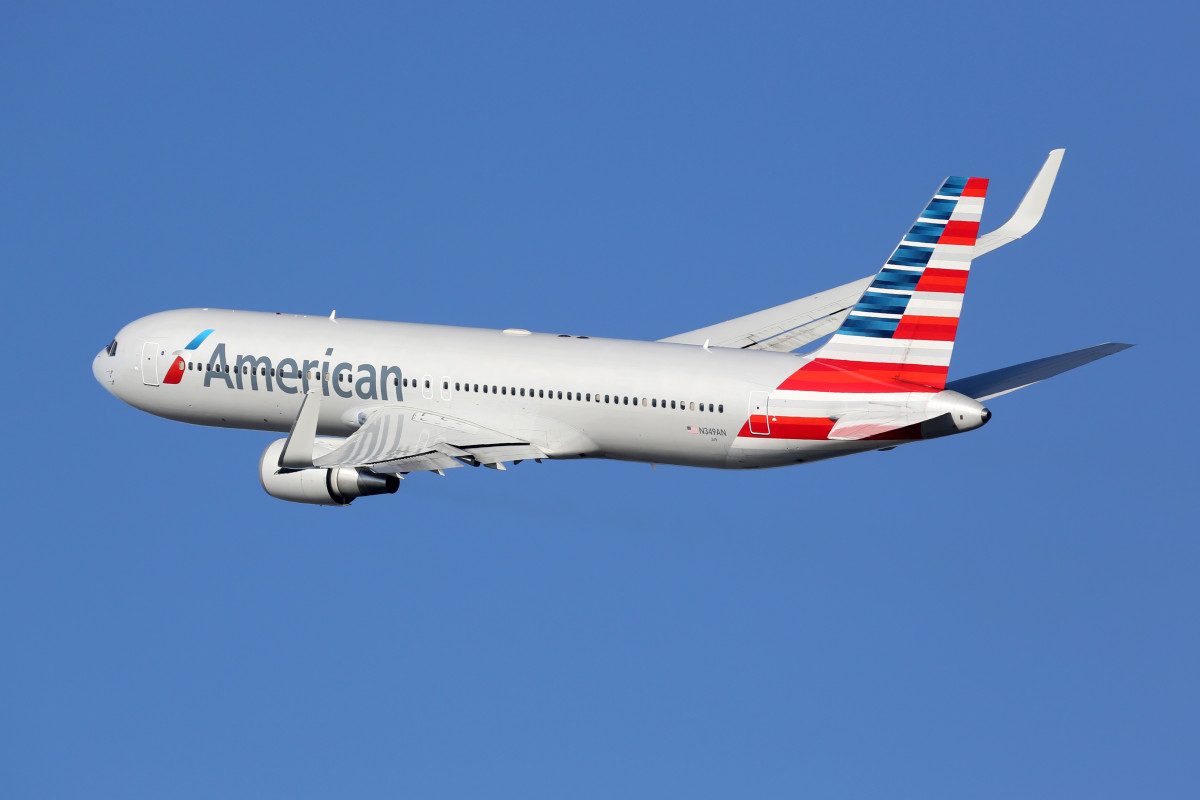 American Airlines offers non-binary gender options during booking process